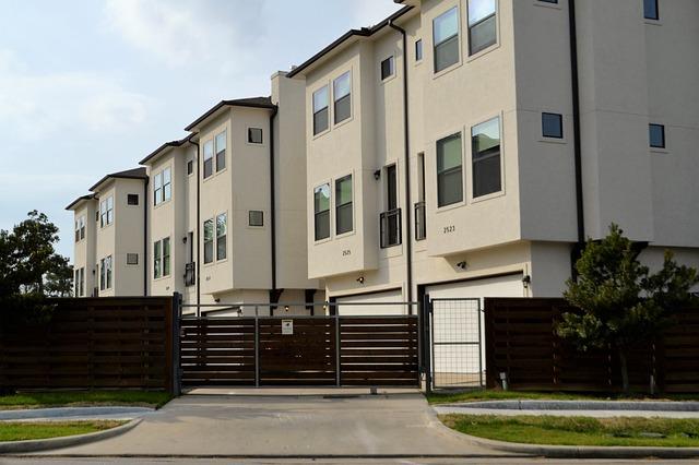 בתים למכירה בקרית אונו - האם נכון לקנות בתקופת הפוסט קורונה?